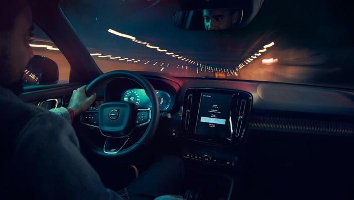 Volvo XC 40 2020 Interior 003