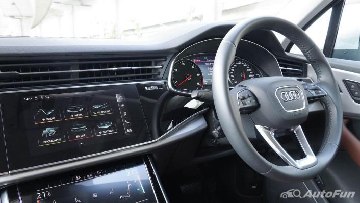 2020 Audi Q7 3.0 45 TDI Quattro Interior 002