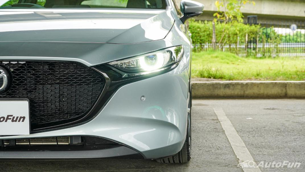2020 Mazda 3 Fastback 2.0 SP Sports Exterior 012