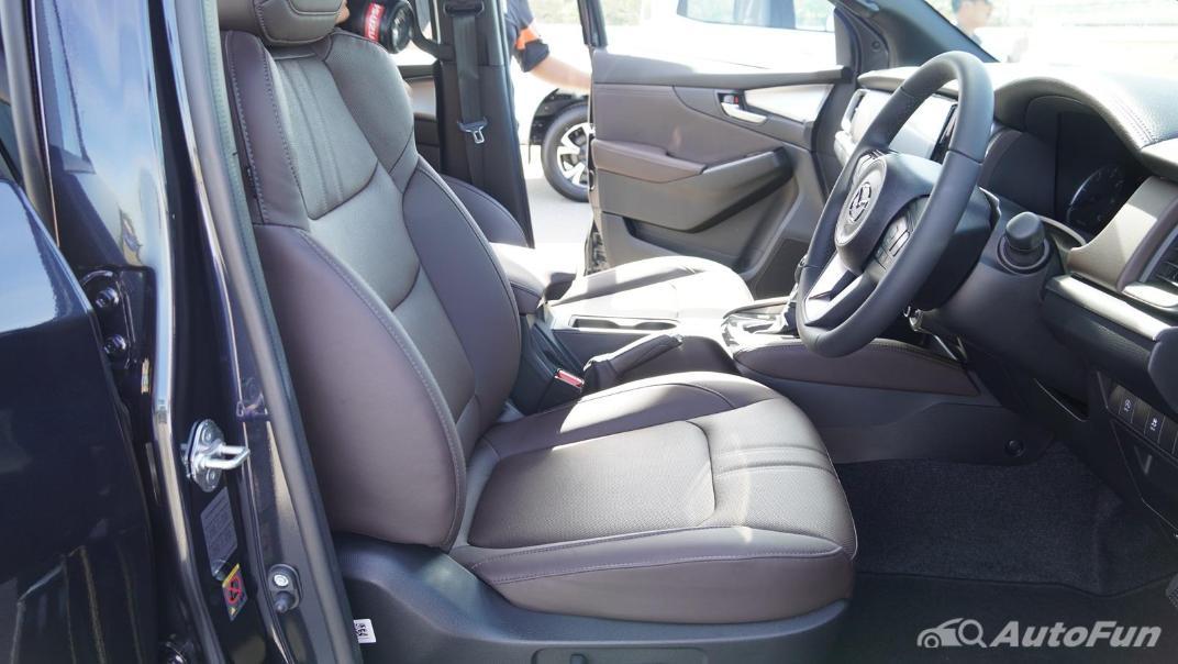 Mazda BT-50 Pro 2021 Interior 024