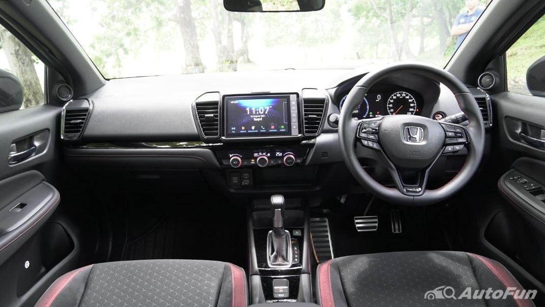 2021 Honda City Hatchback e:HEV RS Interior 001