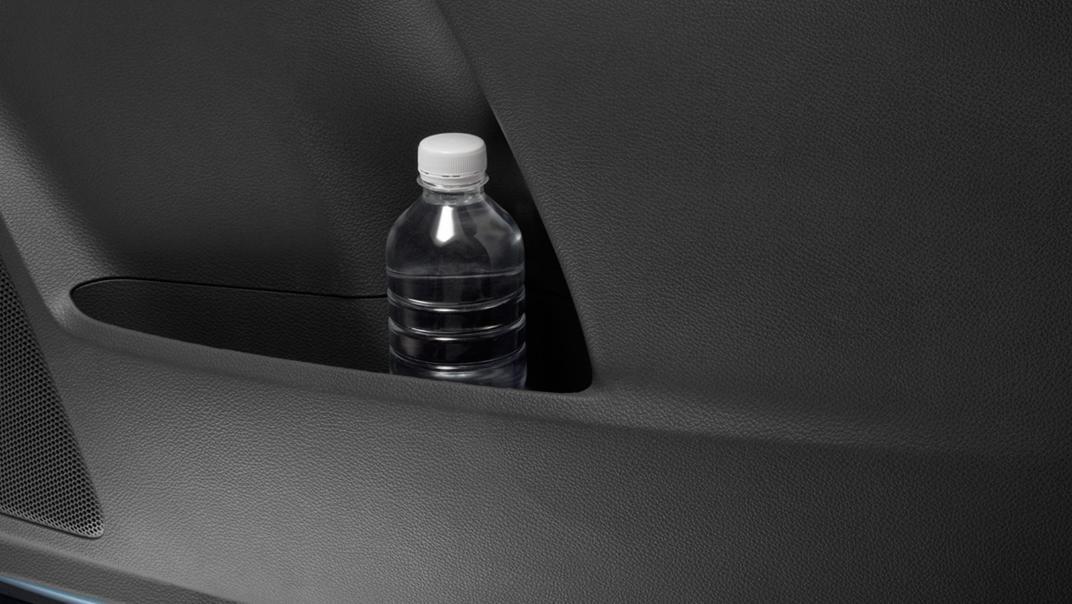 Mazda BT-50 Pro 2020 Interior 017