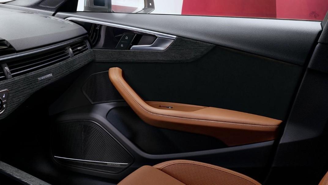 Audi A4 Avant 2020 Interior 009