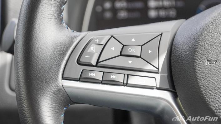 2020 Nissan Leaf Electric Interior 007