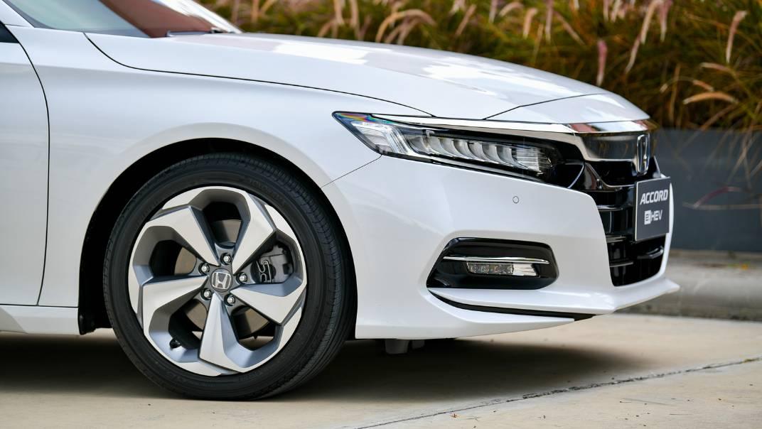 2021 Honda Accord 2.0L e:HEV EL+ Exterior 075