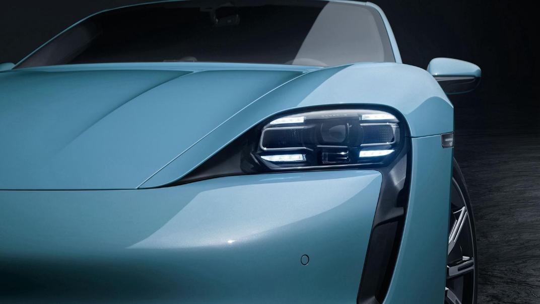 2020 Porsche Taycan Exterior 006