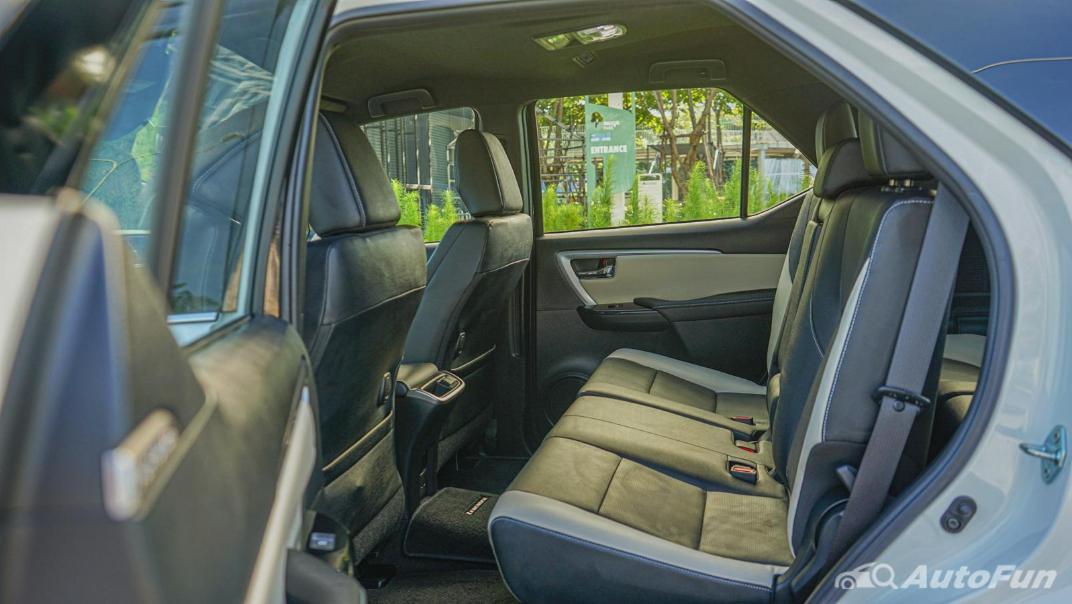 2020 Toyota Fortuner 2.8 Legender 4WD Interior 045