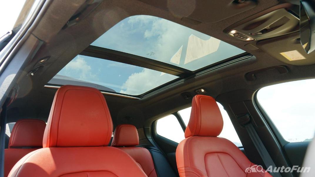 2020 Volvo XC 40 2.0 R-Design Interior 041