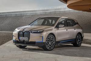เผยโฉม 2022 BMW iX รถเอสยูวีไฟฟ้าที่ดีที่สุดเวลานี้? เบียด Audi e-tron