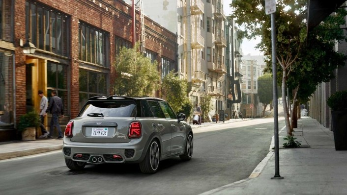 Mini 5-Door-Hatch 2020 Exterior 009