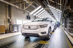 Volvo เตรียมเพิ่มผลิตรถไฟฟ้า 3 เท่าที่โรงงานเกนท์ หลังลูกค้าตอบรับพุ่งทั่วโลก