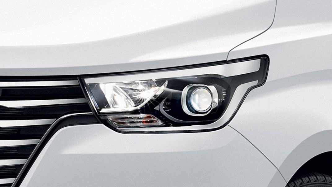 Hyundai Grand-Starex 2020 Exterior 005