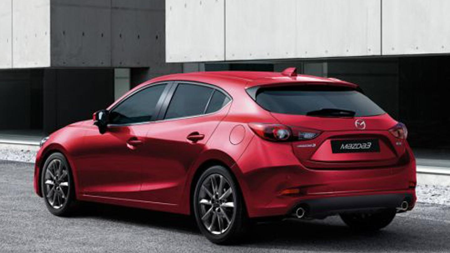 Mazda 3 Fastback 2020 Exterior 005