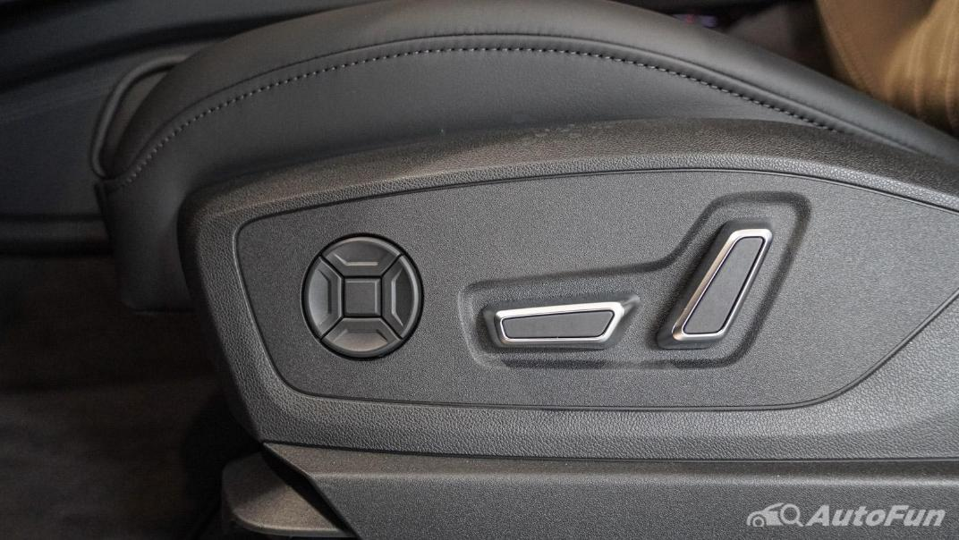 2020 Audi E Tron Sportback 55 quattro S line Interior 114