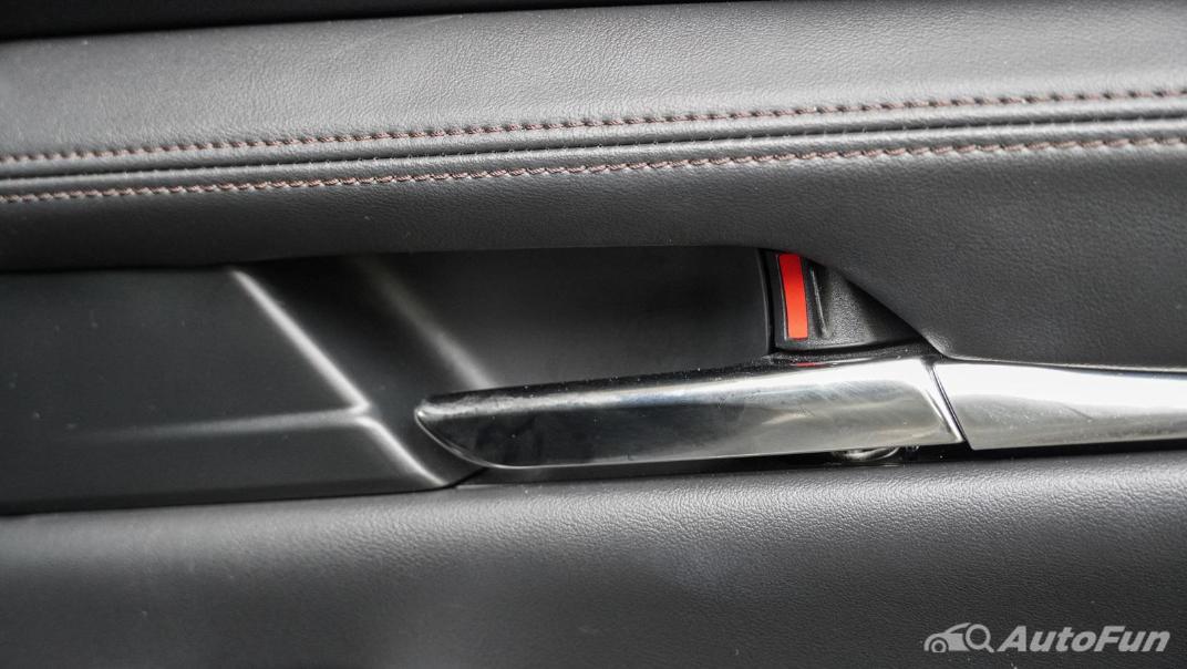 2020 Mazda 3 Fastback 2.0 SP Sports Interior 056