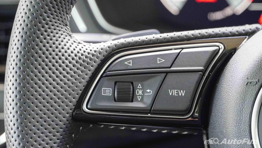 2020 Audi A4 Avant 2.0 45 TFSI Quattro S Line Black Edition Interior 010