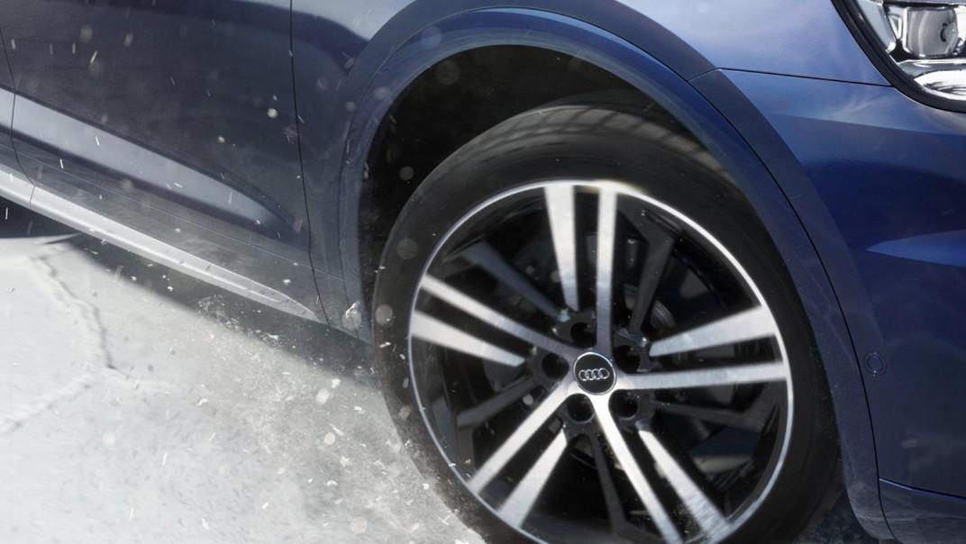 Audi Q5 2020 Exterior 015