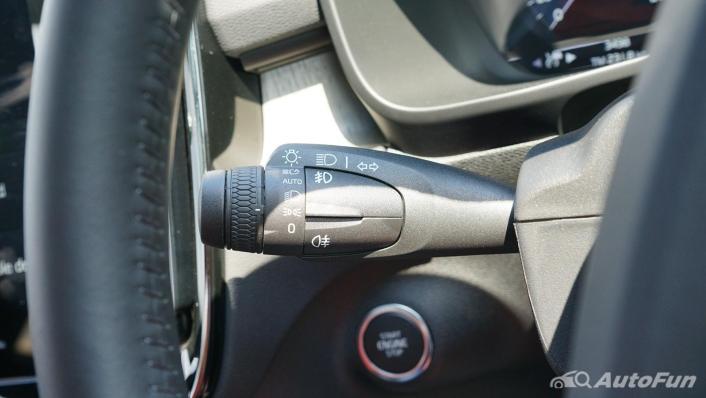 2020 Volvo XC 40 2.0 R-Design Interior 007