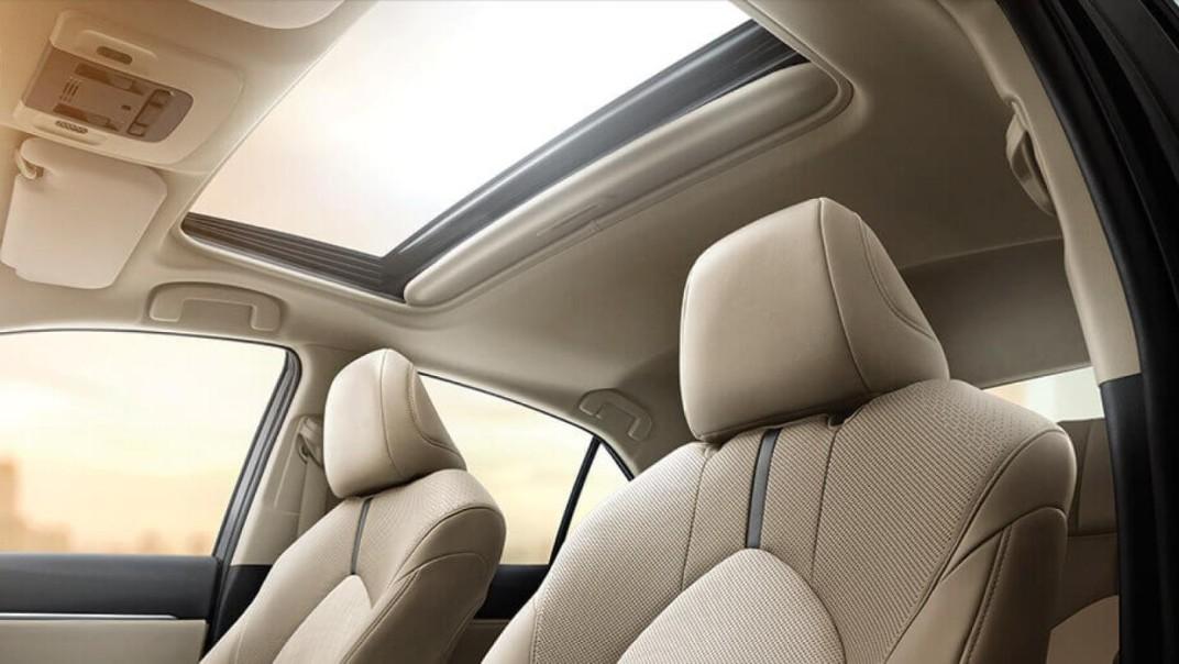 Toyota Camry Public 2020 Interior 004