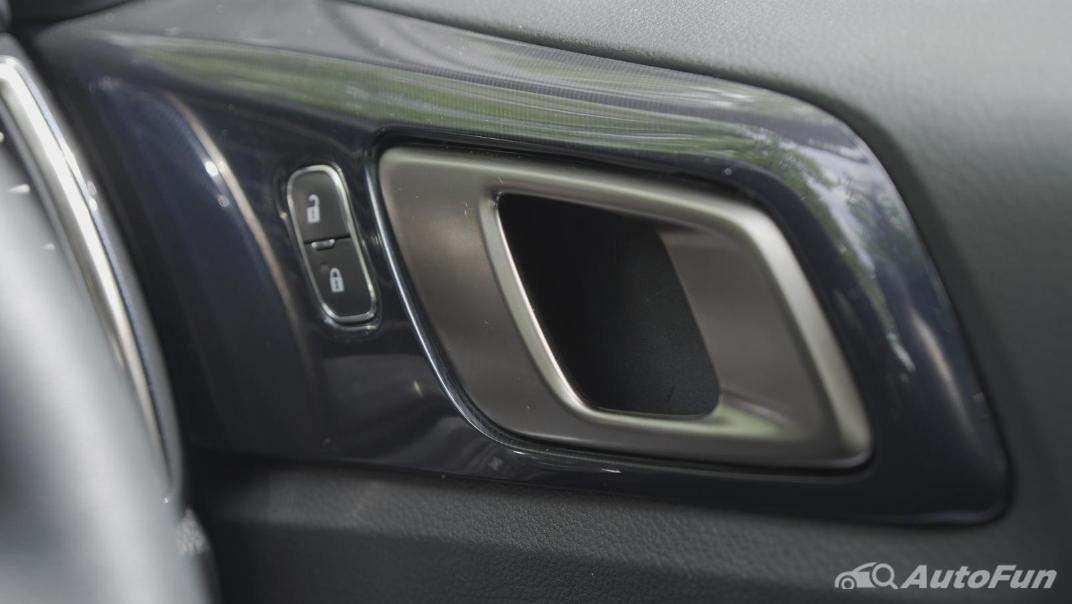 2021 Ford Everest 2.0L Turbo Titanium 4x2 10AT - SPORT Interior 049