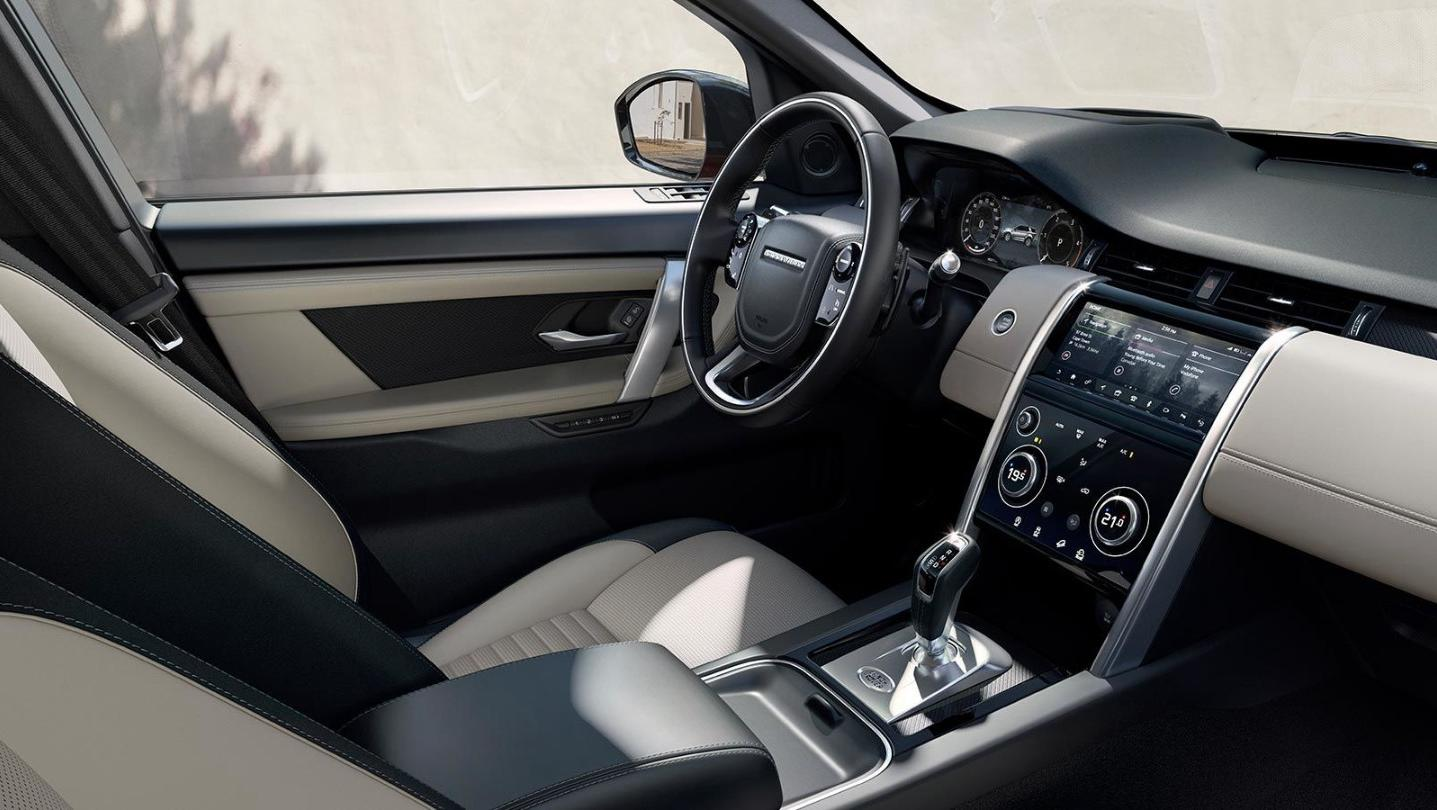 Land Rover Discovery Sport 2020 Interior 001