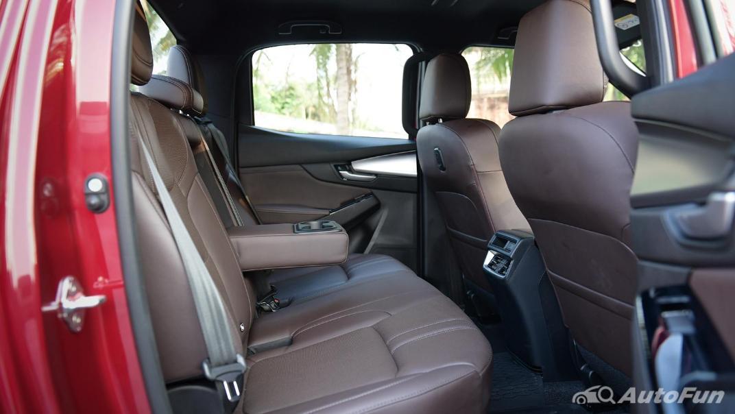 2021 Mazda BT-50 Pro Double Cab 1.9 SP Hi-Racer Interior 015