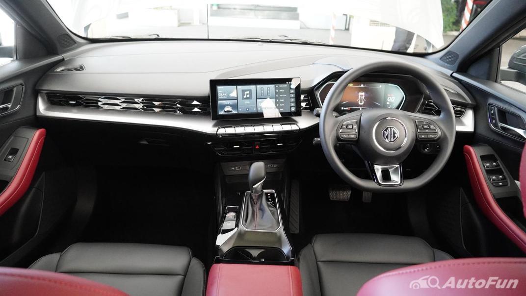 2021 MG 5 Upcoming Version Interior 001