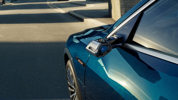 Audi E Tron 2020 Exterior 008