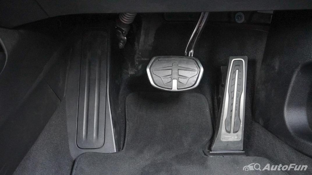 2021 BMW 2 Series Gran Coupe 220i M Sport Interior 010