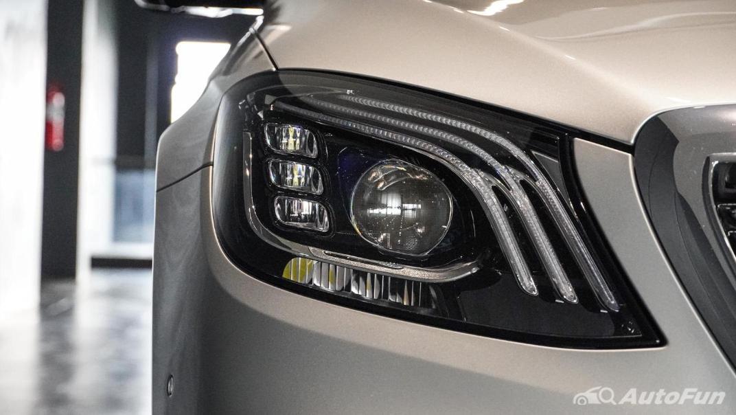 Mercedes-Benz S-Class S 560 e AMG Premium Exterior 012