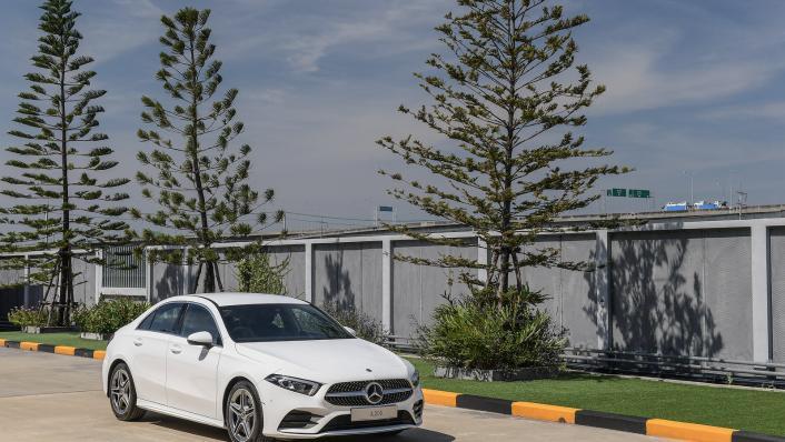 2021 Mercedes-Benz A-Class A 200 AMG Dynamic Exterior 008