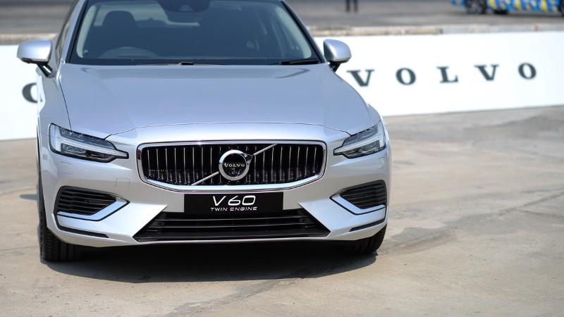 Volvo V60 (วอลโว่ วี60)