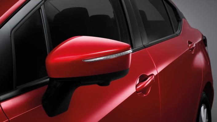 Nissan Almera 2020 Exterior 005