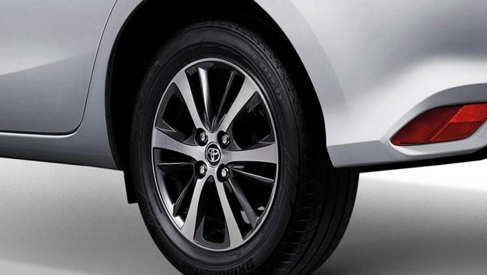Toyota Yaris Public 2020 Exterior 008