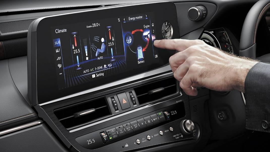 2021 Lexus ES 300h Premium Interior 004
