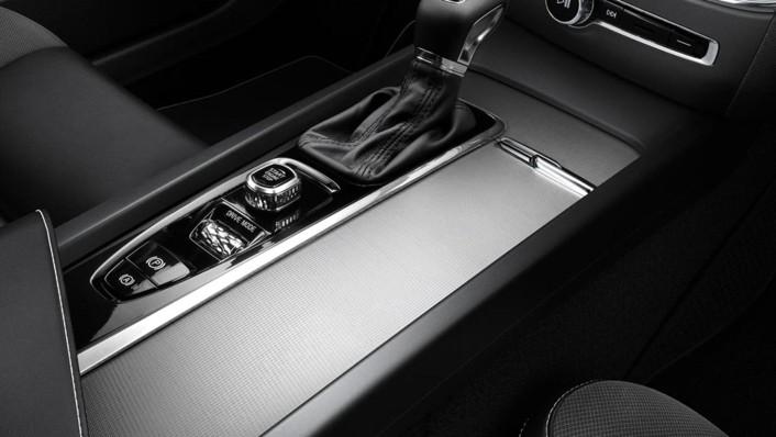 Volvo S60 2020 Interior 006