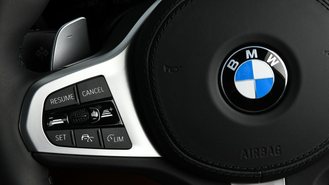 2021 BMW 5 Series Sedan 530e M Sport Interior 027