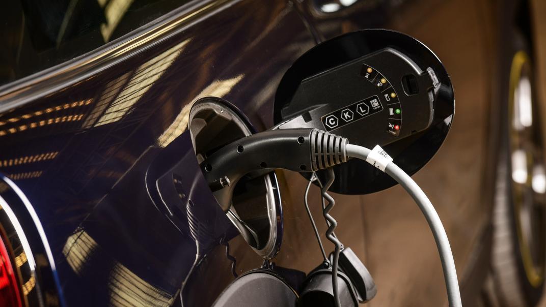 2021 Mini Cooper-Se Electric Exterior 008