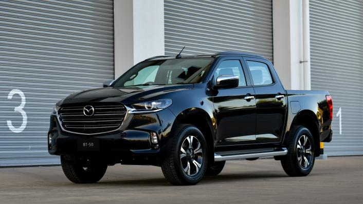 2021 Mazda BT-50 Double cab Upcoming Version Exterior 001