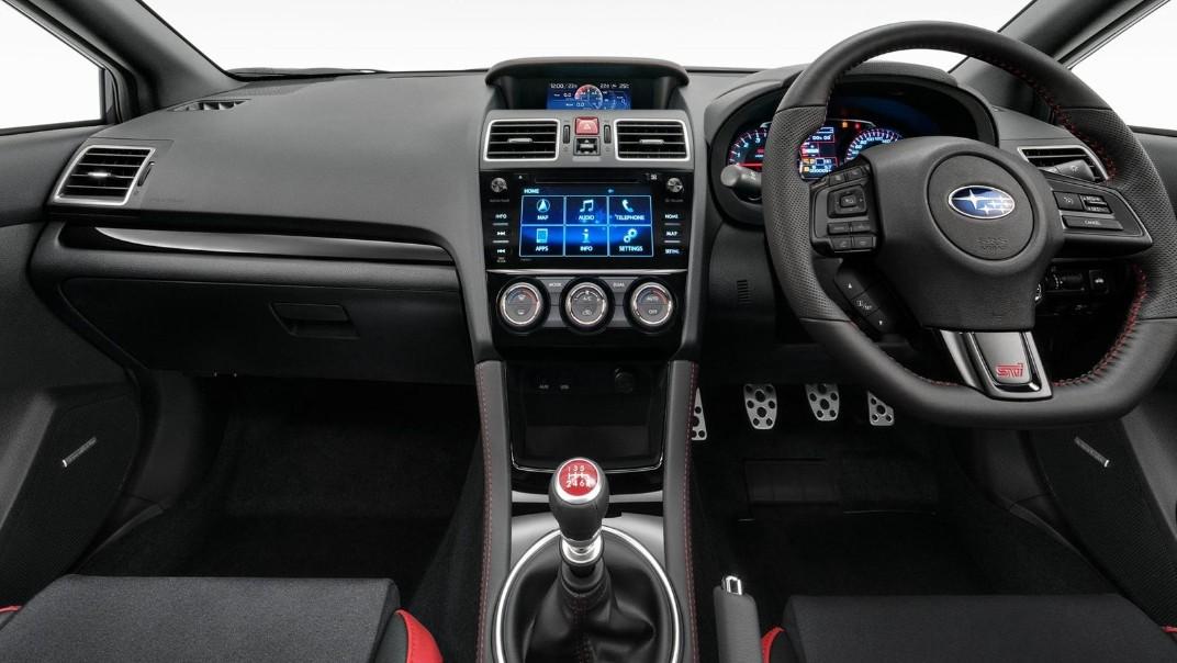 Subaru WRX-STI 2020 Interior 001