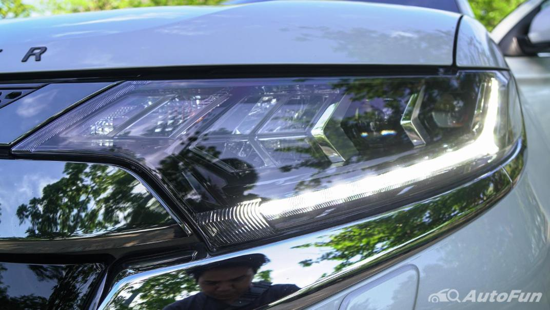 2021 Mitsubishi Outlander PHEV GT-Premium Exterior 011