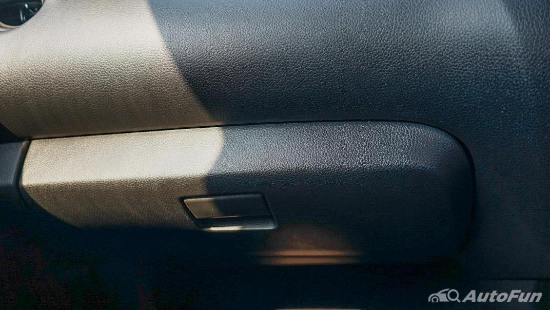 2021 Nissan Navara PRO-4X Interior 029