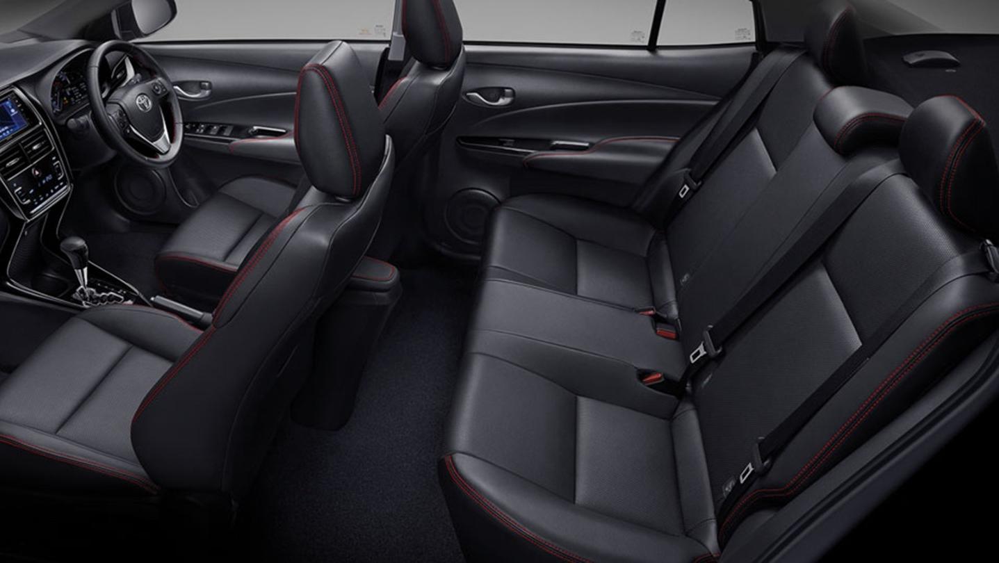 Toyota Yaris-Ativ 2020 Interior 011