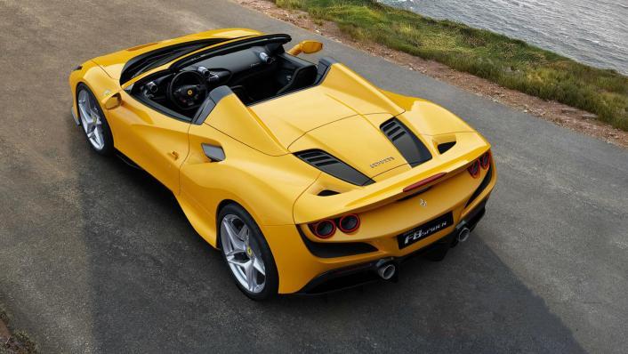 2020 3.9 F8 Spider V8 Turbo Exterior 002