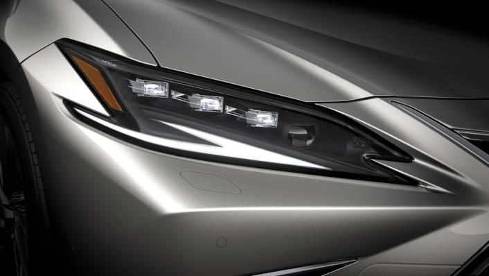 2021 Lexus ES 300h Premium Exterior 005