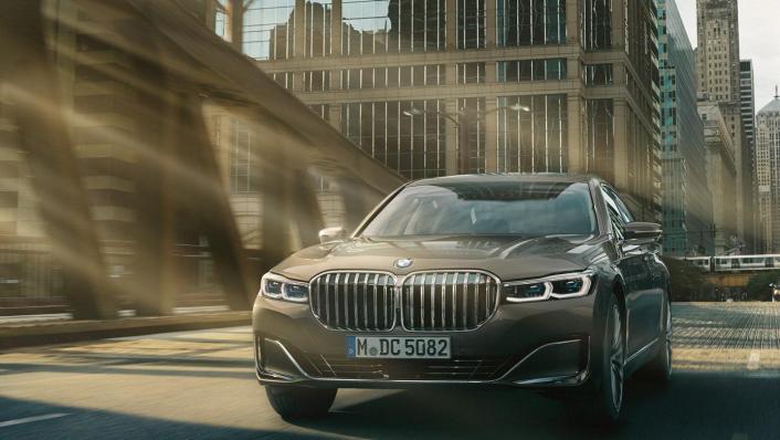 BMW 7-Series-Sedan 2020 Exterior 001