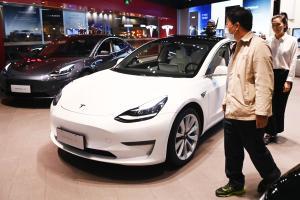 Tesla Model 3 ขึ้นราคาในอเมริกาให้แพงไปอีก ถ้ามาขายในไทยราคา 3 ล้านกว่า คุณจะกล้าซื้อไหม ?