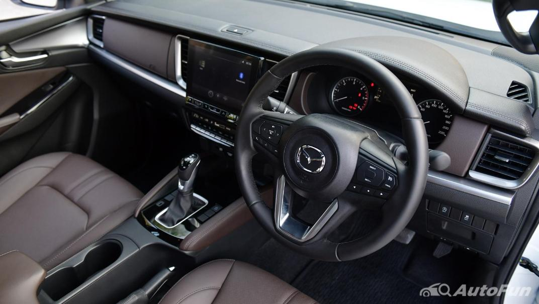 2021 Mazda BT-50 Pro Double Cab 1.9 SP Hi-Racer 6AT Interior 005