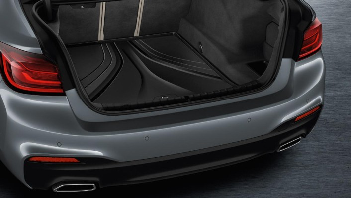 BMW 5-Series-Sedan 2020 Interior 007