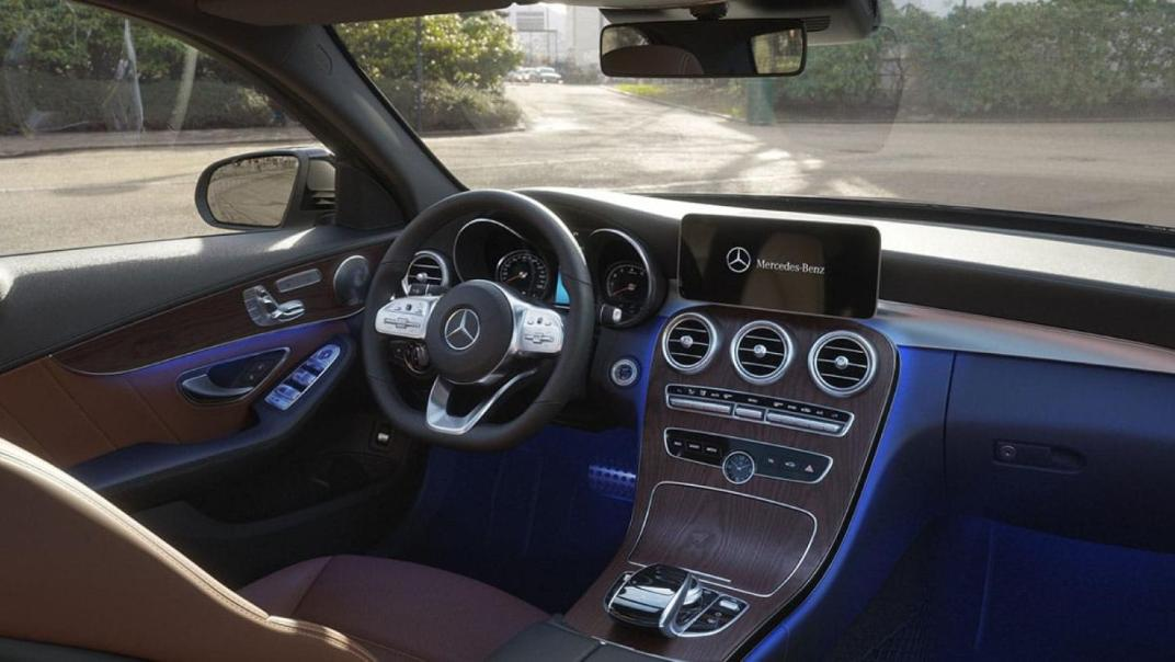 Mercedes-Benz C-Class Saloon 2020 Interior 017